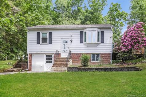 11 Green Pond Road New Milford CT 06784