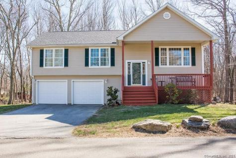 37 Knollwood Coventry CT 06238