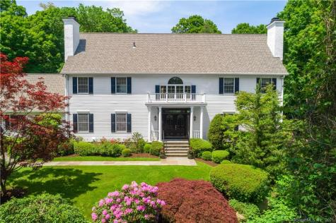 8 Rustic View Greenwich CT 06830