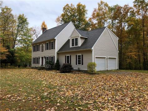 16 Wood Fern Andover CT 06232