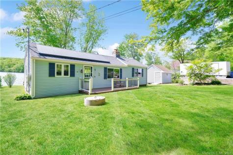 51 Lakeview Drive Colchester CT 06415
