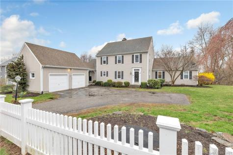 11 Old Colony Monroe CT 06468