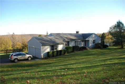 340 Sperry Bethany CT 06524