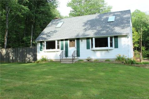 32 South Barkhamsted CT 06063