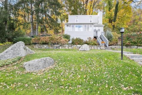 10 Candlewood Knolls New Fairfield CT 06812