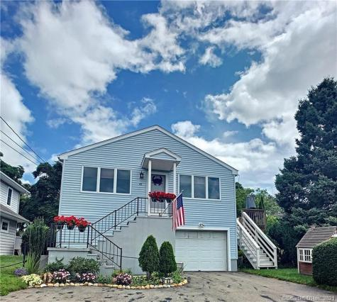 43 Middlefield Groton CT 06340