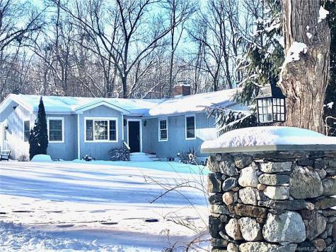 20 Outlook New Milford CT 06776