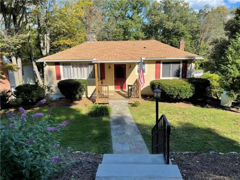124 Ball Pond Road New Fairfield CT 06812