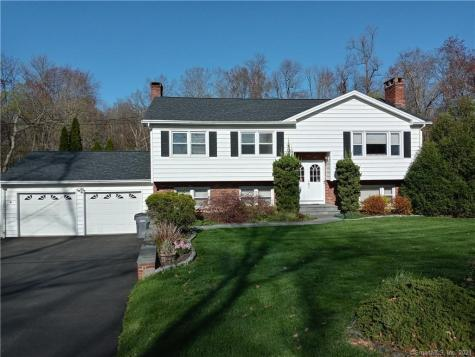 29 Old Turnpike Brookfield CT 06804