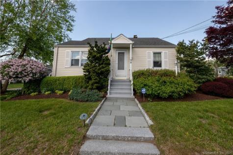 25 South Parkway Clinton CT 06413