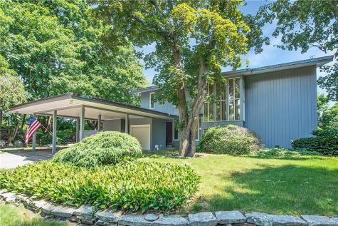 62 Reyburn New London CT 06320