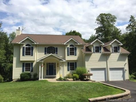 23 Knollwood Plymouth CT 06786