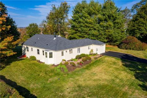 212 Old South Litchfield CT 06759
