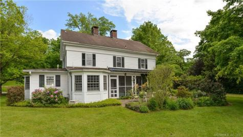 127 Mansion House Southbury CT 06488