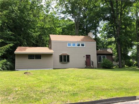 53 Foster Middlebury CT 06762