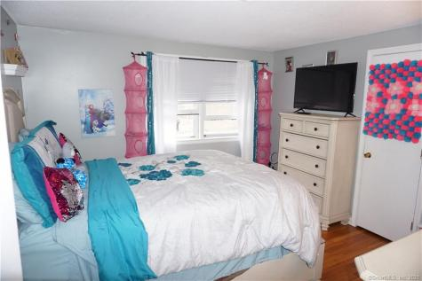167 Duncaster Bloomfield CT 06002
