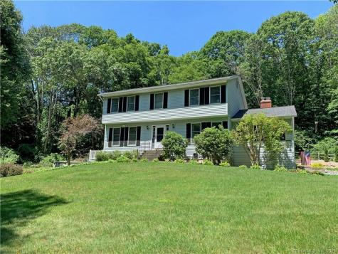 7 Beaver Bog New Fairfield CT 06812