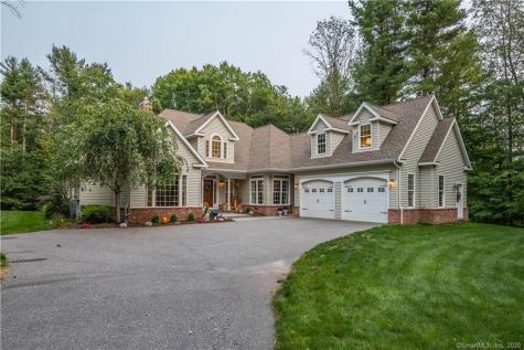 6 Warner Barkhamsted CT 06063