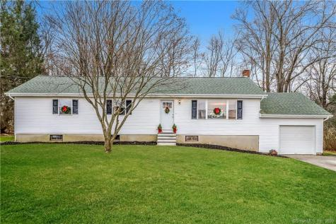 11 Stonecastle New Milford CT 06776