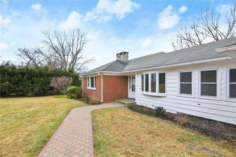 162 Long Meadow Hill Brookfield CT 06804