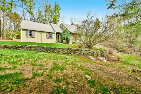 3 Valley View East Granby CT 06026