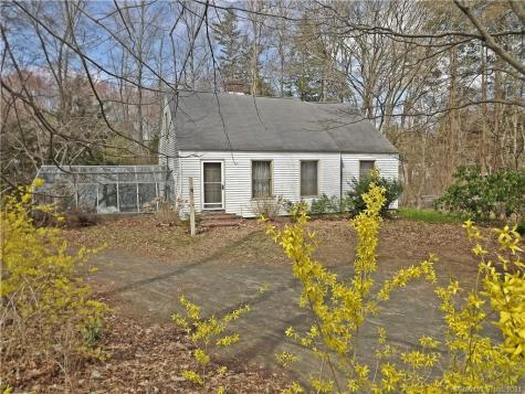 6 Kelsey Hill Deep River CT 06417