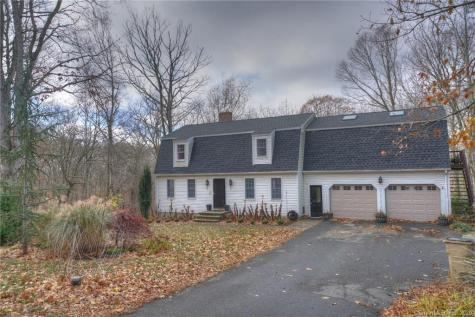 50 Rocky Hollow North Stonington CT 06359