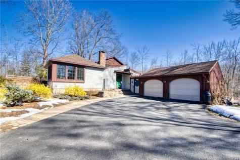10 Duncaster Bloomfield CT 06002
