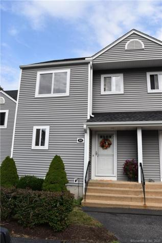 169 Stoneheights Waterford CT 06385