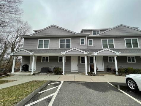 330 Crystal Avenue New London CT 06320