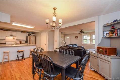 100 Coles Cromwell CT 06416