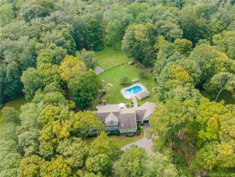 41 Cold Spring Road Newtown CT 06470