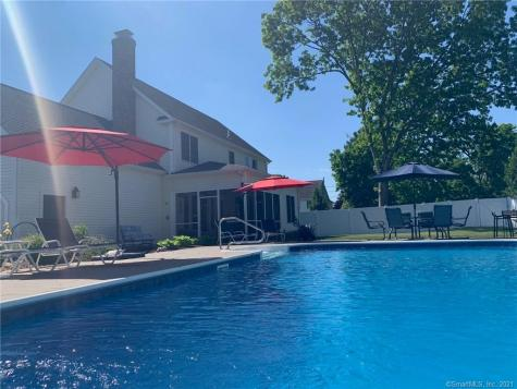 7 Cromwell Court Old Saybrook CT 06475