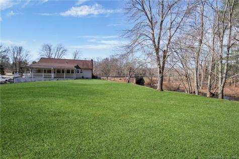 133 Westminster Canterbury CT 06331