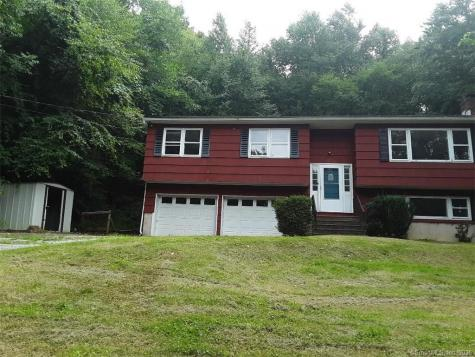 40 Mount Tom New Milford CT 06776