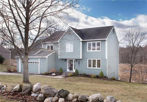 120 Long Meadow Hill Brookfield CT 06804