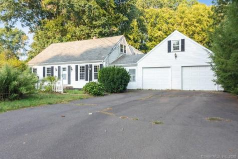 208 Stocking Brook Berlin CT 06037
