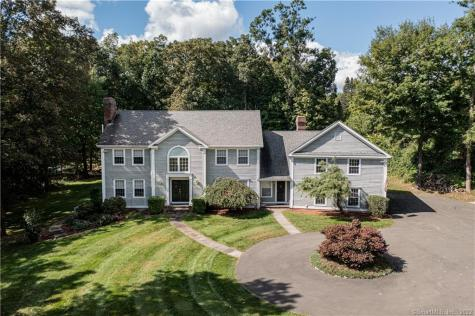 72 Wolfpits Road Bethel CT 06801