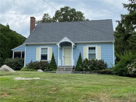 30 Middlefield Groton CT 06340