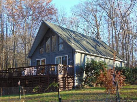 32 Hungerford East Haddam CT 06423