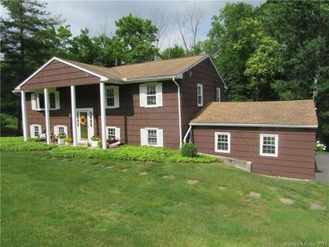 15 Drover Road Brookfield CT 06804