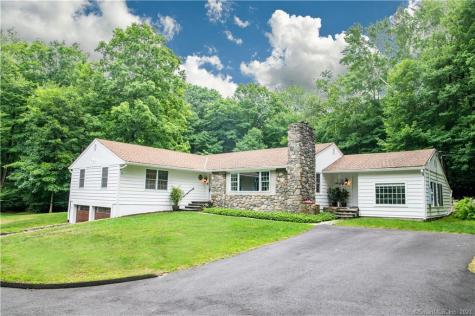 25 Wolfpits Road Bethel CT 06801