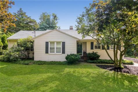 18 Hilltop View New Milford CT 06776