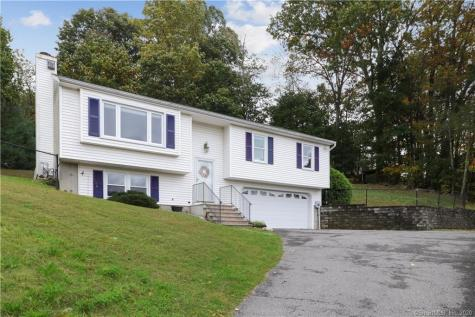 17 Heather New Milford CT 06776