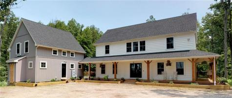 25 Oakwood Beacon Falls CT 06403