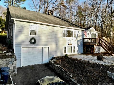 33 Candlewood New Milford CT 06776