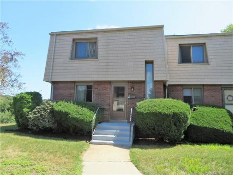 91 Riverview East Lyme CT 06357