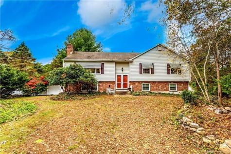 8 Rogers Hill Waterford CT 06385