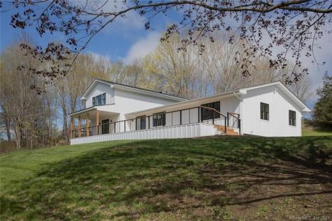 151 Under Mountain Canaan CT 06031