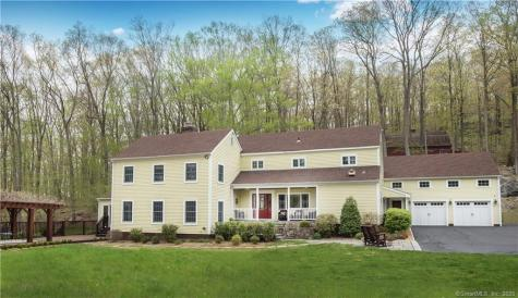 15 Bear Mountain Ridgefield CT 06877